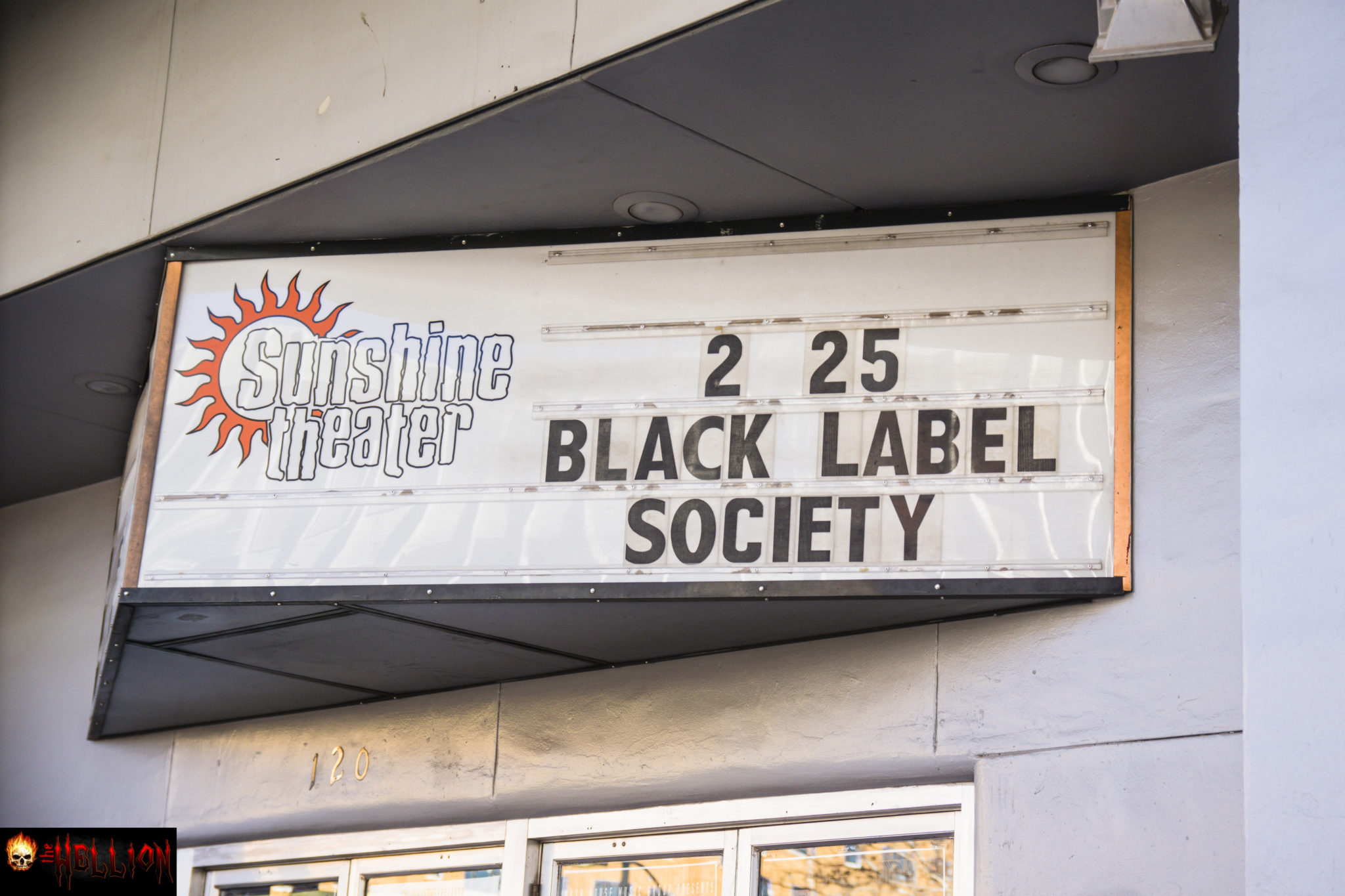 Concert review black label society the grimmest show on earth i had decided to go for broke and do the whole meet and greet thing with black label society so i arrived at the venue at the designated time of 430 pm m4hsunfo